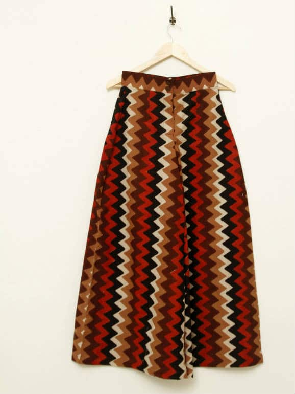 Printed Cotton Palazzos with a centre front zipper, fastened at the waist with wooden buttons